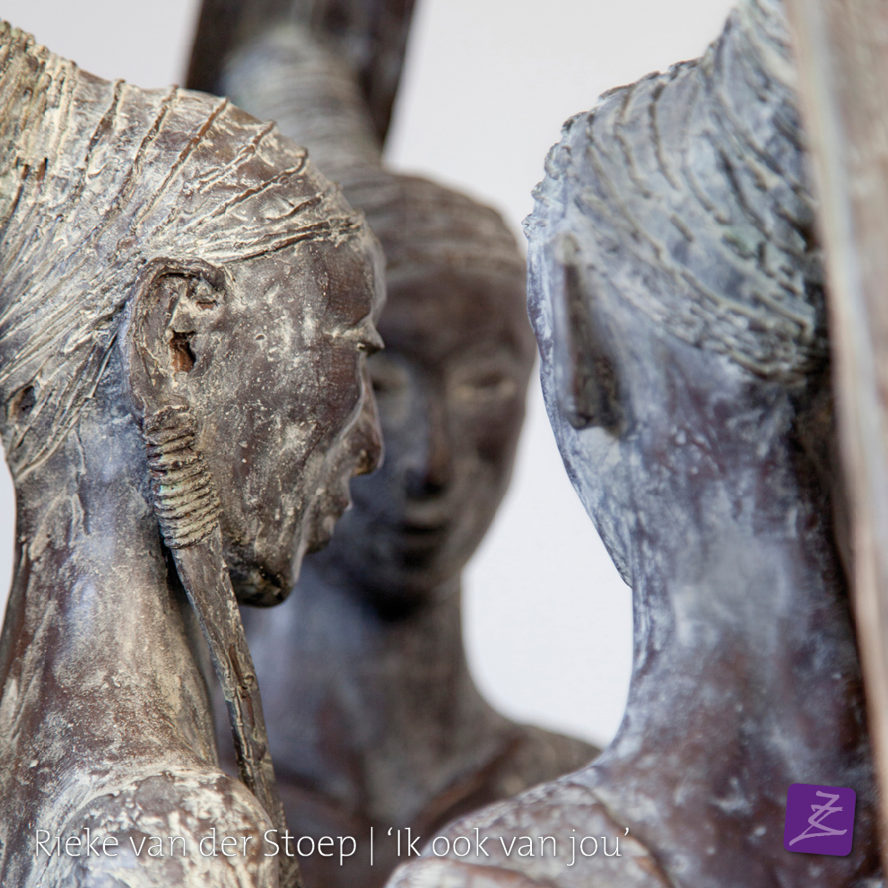 Rieke van der Stoep Vrijdenken sjamaan spiritueel dankbaarheid culturen brons religie azie zuid-amerika beeldtaal tekens figuratief verfijnd vrouw man sculpture sculpturelover verbinding ikhouvanjou liefdesbeeld trouwbeeld huwelijkgeschenk